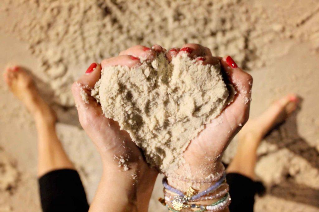 SAND LOVEHEART